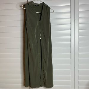 Bebe Olive green crop and long top